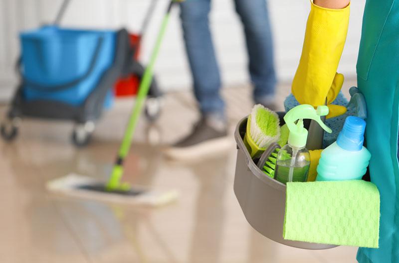 Fußboden reinigen Unterhaltsreinigung